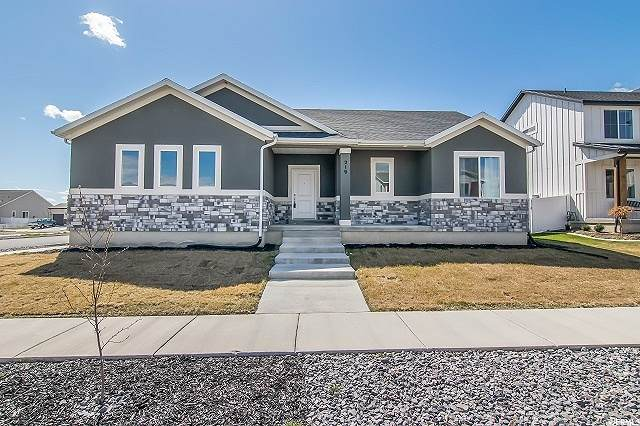 219 E Moon Dance Dr, Saratoga Springs, UT 84045 (#1665264) :: Big Key Real Estate