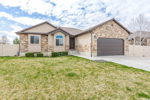 1283 W 2850 S, Syracuse, UT 84075 (#1665319) :: Doxey Real Estate Group