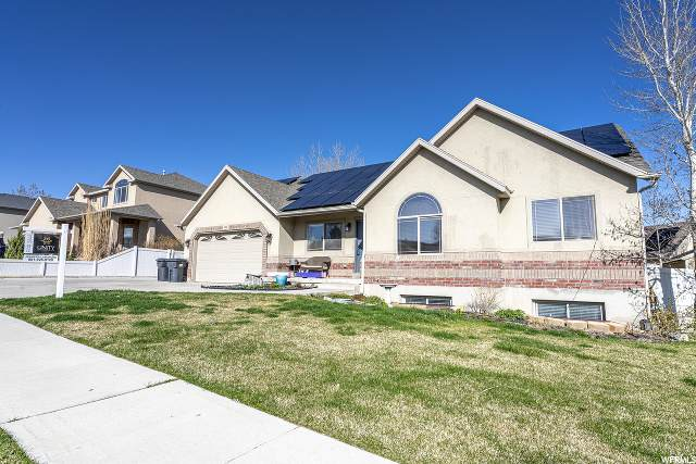 308 W Hillside Dr, Saratoga Springs, UT 84045 (#1665346) :: Colemere Realty Associates
