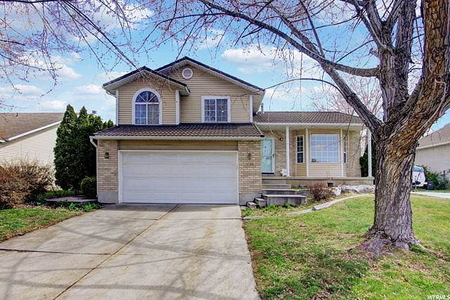 4922 S 2925 W, Roy, UT 84067 (#1665590) :: Doxey Real Estate Group