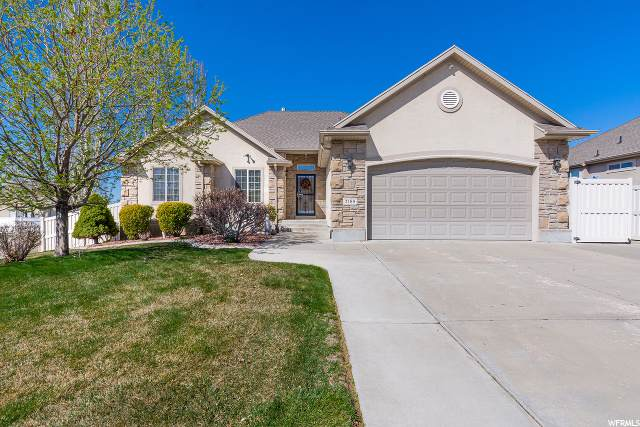 2188 S 275 E, Clearfield, UT 84015 (#1665850) :: Doxey Real Estate Group