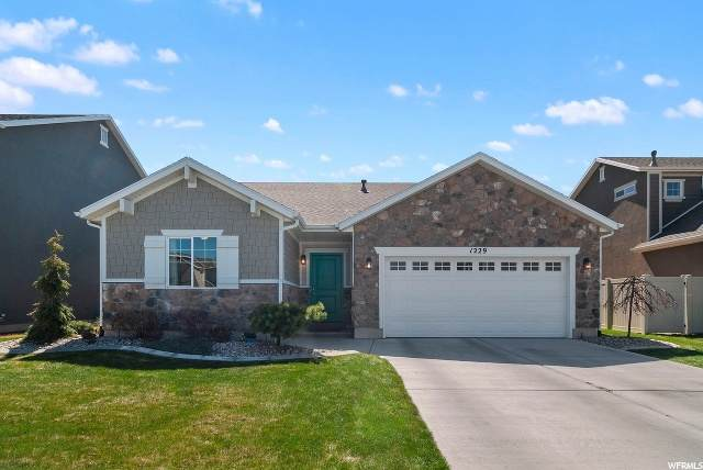 1229 Silver Hollow Rd, Syracuse, UT 84075 (#1665872) :: Doxey Real Estate Group