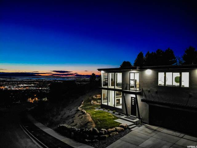 957 E Windsor Ln S, Bountiful, UT 84010 (#1665929) :: REALTY ONE GROUP ARETE