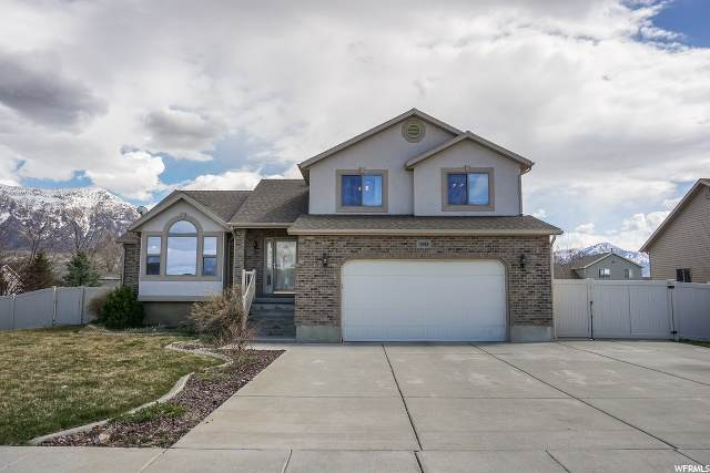 3558 N 3050 W, Farr West, UT 84404 (#1665972) :: Big Key Real Estate