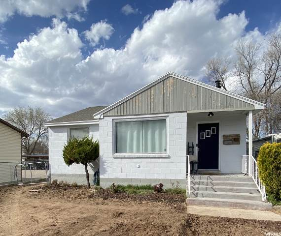 565 E 450 S, Clearfield, UT 84015 (#1666122) :: The Fields Team