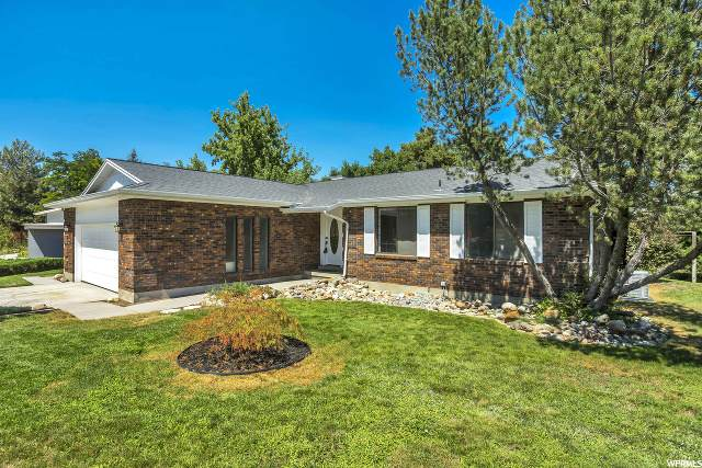 1031 E Vine St, Murray, UT 84121 (MLS #1666135) :: Lawson Real Estate Team - Engel & Völkers
