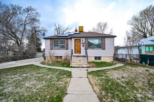 2069 S Van Buren E, Ogden, UT 84401 (#1666230) :: REALTY ONE GROUP ARETE