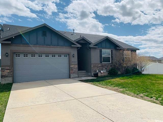 8299 S Skyline Arch Dr W, West Jordan, UT 84081 (#1666347) :: Colemere Realty Associates