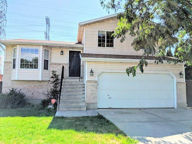 2614 S 75 E, Clearfield, UT 84015 (#1666439) :: Gurr Real Estate Team