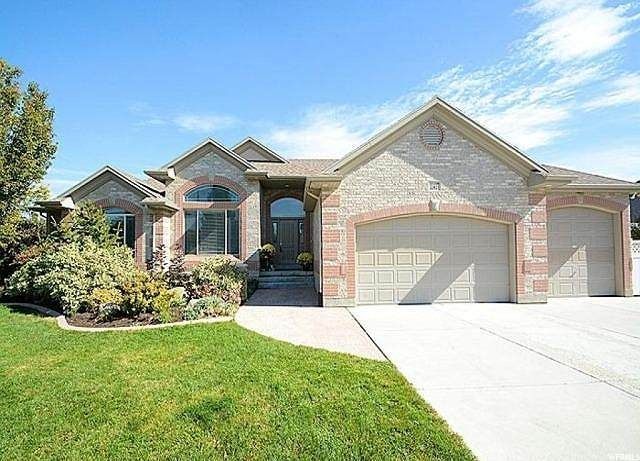 11417 S Jordan Farms Rd W, South Jordan, UT 84095 (MLS #1666686) :: Lawson Real Estate Team - Engel & Völkers