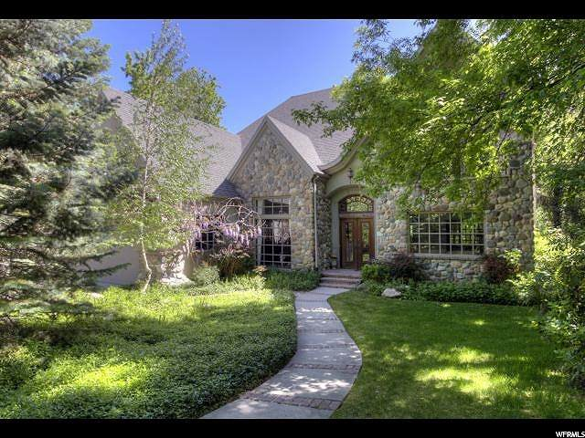 5550 S Holladay Blvd E, Holladay, UT 84117 (#1666833) :: Colemere Realty Associates