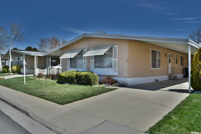 9895 S Evening Moon Way, Sandy, UT 84070 (MLS #1666926) :: Lookout Real Estate Group