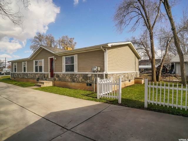878 N Rainbow Dr, Layton, UT 84041 (MLS #1666927) :: Lookout Real Estate Group