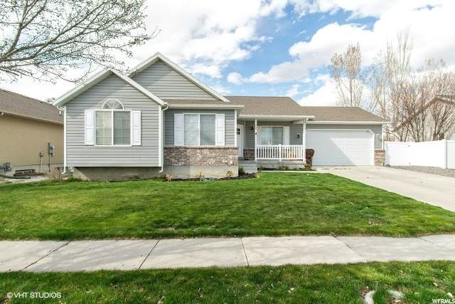 2047 E Shadow Dr N, Eagle Mountain, UT 84005 (#1666952) :: Colemere Realty Associates