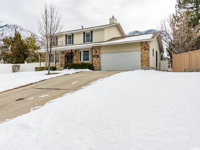 6825 S Pineview Cir, Cottonwood Heights, UT 84121 (#1666955) :: Colemere Realty Associates