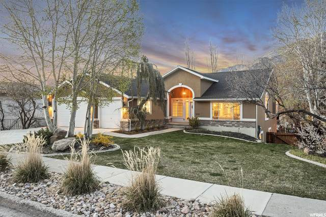 3525 E Macintosh Ln, Salt Lake City, UT 84121 (#1666997) :: Colemere Realty Associates
