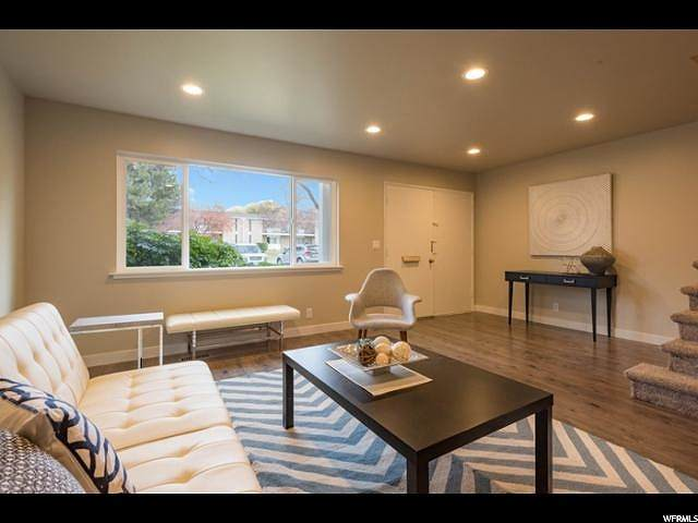 825 E Three Fountains Cir S #8, Murray, UT 84107 (#1667245) :: Utah Best Real Estate Team | Century 21 Everest