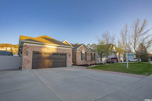 820 E Park School S, Draper, UT 84020 (#1667360) :: Powder Mountain Realty