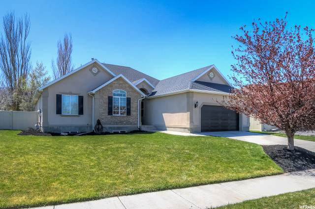 1289 S Lake View Terrace Rd, Saratoga Springs, UT 84045 (#1667454) :: Red Sign Team