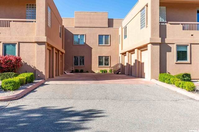 271 N Country Ln A9, St. George, UT 84770 (#1668082) :: Colemere Realty Associates
