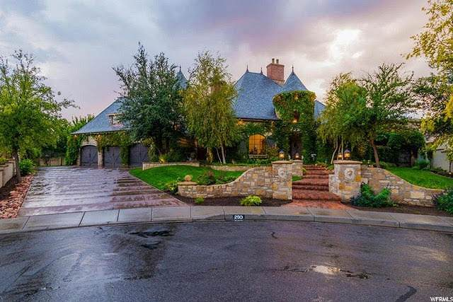 250 Le Grande Cir, Santa Clara, UT 84765 (MLS #1668884) :: Lawson Real Estate Team - Engel & Völkers