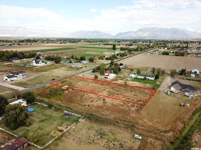 7133 W 5500 S, Hooper, UT 84315 (#1668923) :: Doxey Real Estate Group