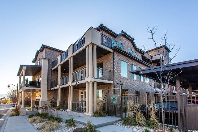 2369 E Murray Holladay Rd #302, Holladay, UT 84117 (#1669796) :: Colemere Realty Associates