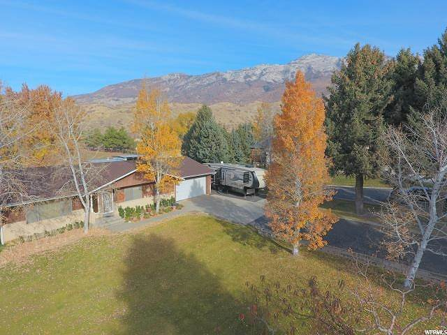 1329 N Grove Dr, Alpine, UT 84004 (#1670459) :: Red Sign Team