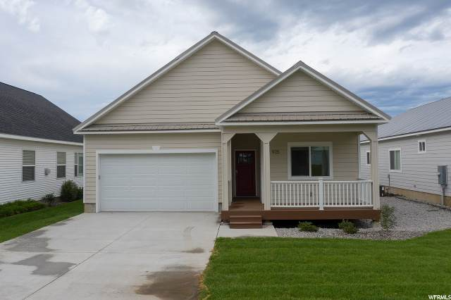 925 Cherry, Ashton, ID 83420 (#1671137) :: Big Key Real Estate