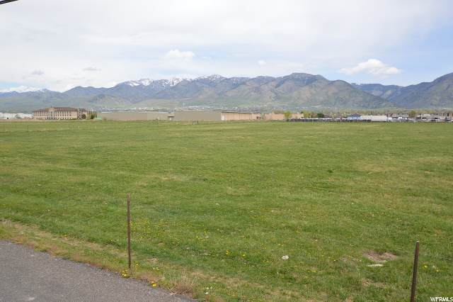 2025 N 200 W, North Logan, UT 84341 (#1671417) :: Colemere Realty Associates