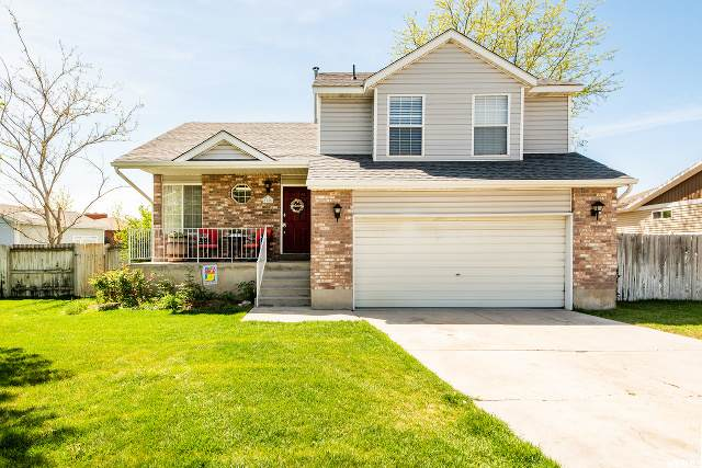 1955 W Marblewood S, Riverton, UT 84065 (#1672691) :: Red Sign Team