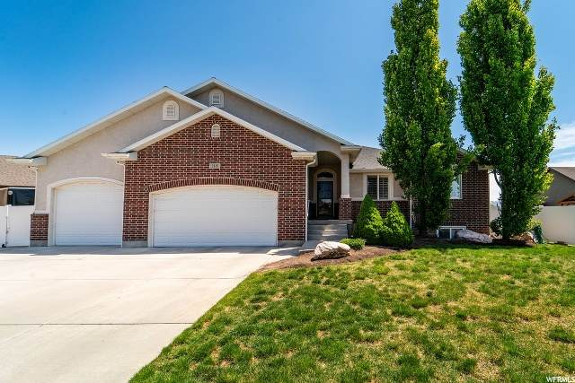 2115 S 1300 W, Syracuse, UT 84075 (#1672738) :: RE/MAX Equity