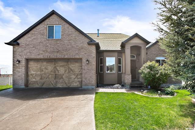 11369 S Hereford Ct W, South Jordan, UT 84009 (#1672740) :: The Perry Group