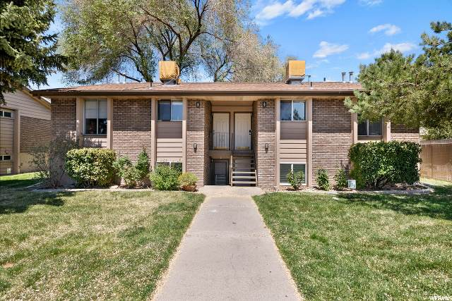 2588 S 900 E #3, Salt Lake City, UT 84106 (#1672791) :: Colemere Realty Associates