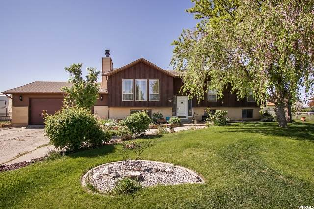 2469 W 1300 N, Clinton, UT 84015 (#1673309) :: Doxey Real Estate Group