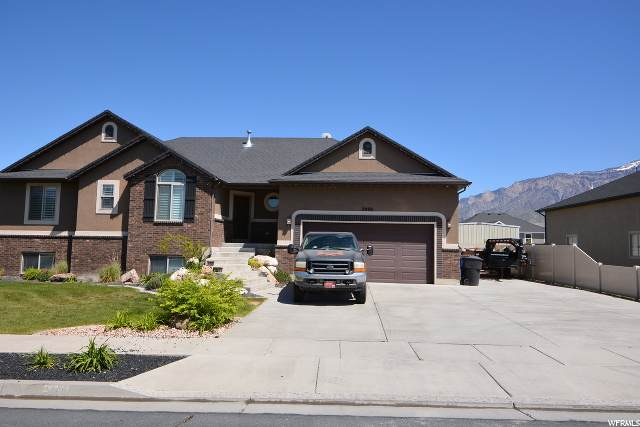 2488 W 2775 N, Farr West, UT 84404 (#1673419) :: Colemere Realty Associates
