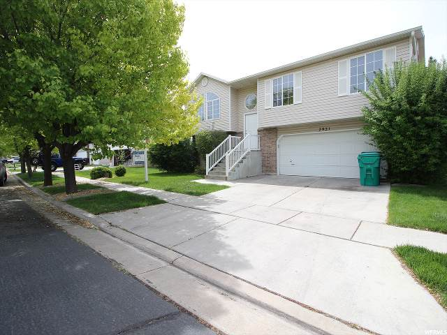 2951 W 2075 S, Syracuse, UT 84075 (#1673652) :: RE/MAX Equity