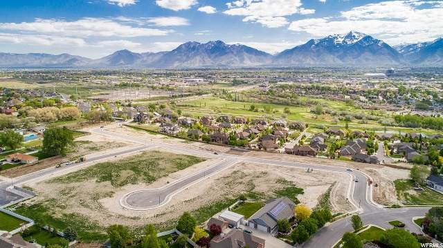 9116 S Penrith Way W, West Jordan, UT 84088 (MLS #1673738) :: Lookout Real Estate Group