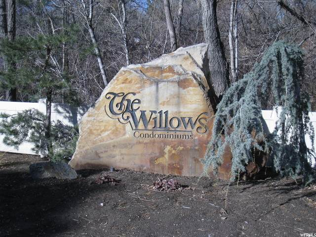 5552 S Willow Ln E C, Salt Lake City, UT 84107 (#1674003) :: Colemere Realty Associates
