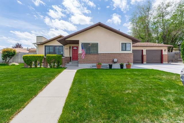 6371 W Teasel Ave, West Valley City, UT 84128 (#1674106) :: Colemere Realty Associates