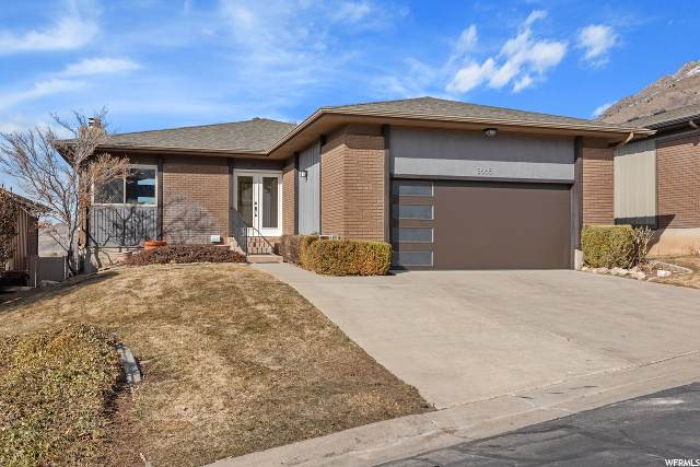 3665 Cove Point Dr - Photo 1