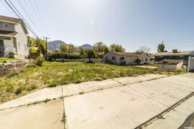 542 N 1080 W, Provo, UT 84601 (#1674864) :: Big Key Real Estate