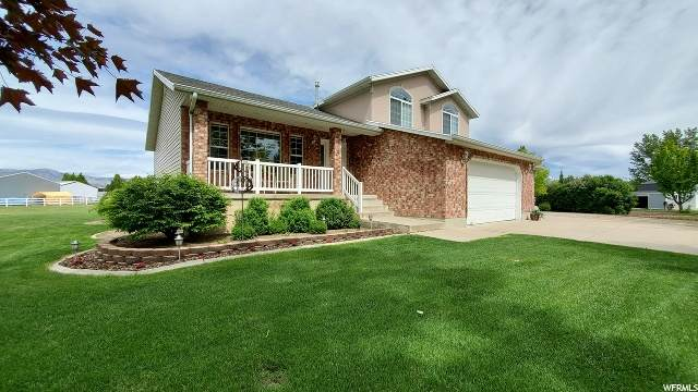 5716 W 4275 S, Hooper, UT 84315 (#1675032) :: Doxey Real Estate Group