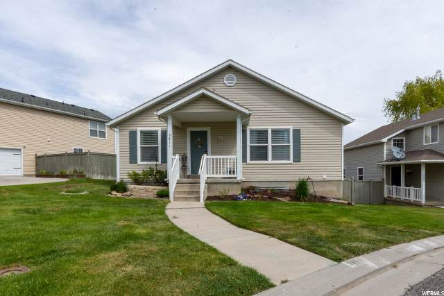 3411 E Windhover Cir, Eagle Mountain, UT 84005 (MLS #1675102) :: Lookout Real Estate Group