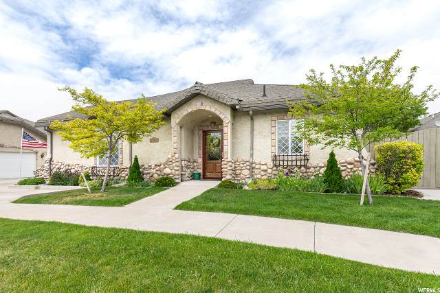 365 Meadow Brook Ln, Providence, UT 84332 (#1675327) :: Big Key Real Estate