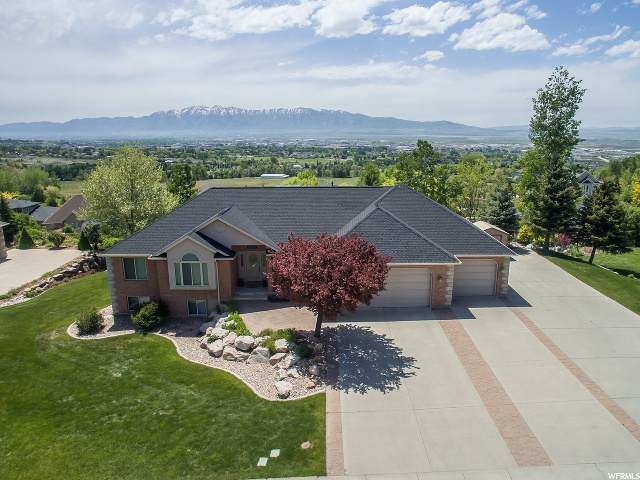 2865 Ridge View Dr, North Logan, UT 84341 (#1675575) :: Colemere Realty Associates