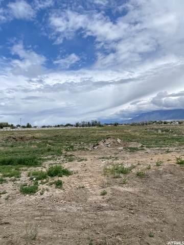 2200 S 4170 W, Taylor, UT 84401 (#1675878) :: Utah City Living Real Estate Group