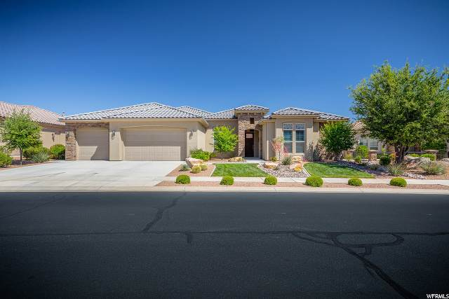 2150 W Destiny Point Cir, St. George, UT 84790 (#1676208) :: Red Sign Team