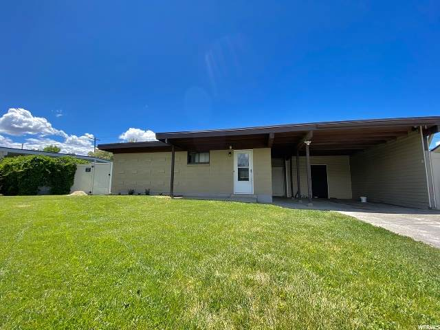 3326 S 2040 W, West Valley City, UT 84119 (MLS #1676557) :: Lookout Real Estate Group