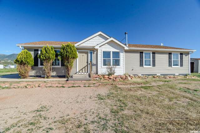 4805 W 1000 S, Cedar City, UT 84720 (#1676563) :: goBE Realty